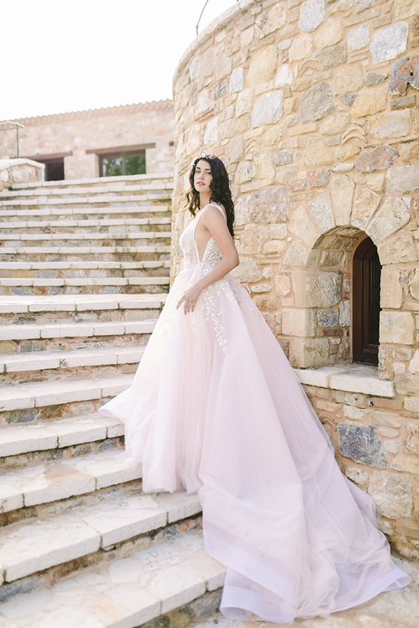 dreamy-styled-shoot-soft-pink-hues_03