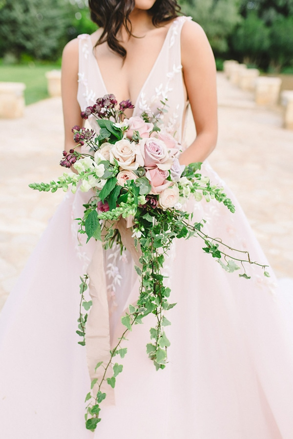 dreamy-styled-shoot-soft-pink-hues_04