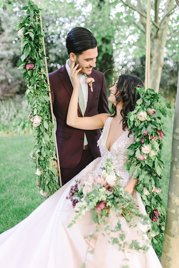 dreamy-styled-shoot-soft-pink-hues_12
