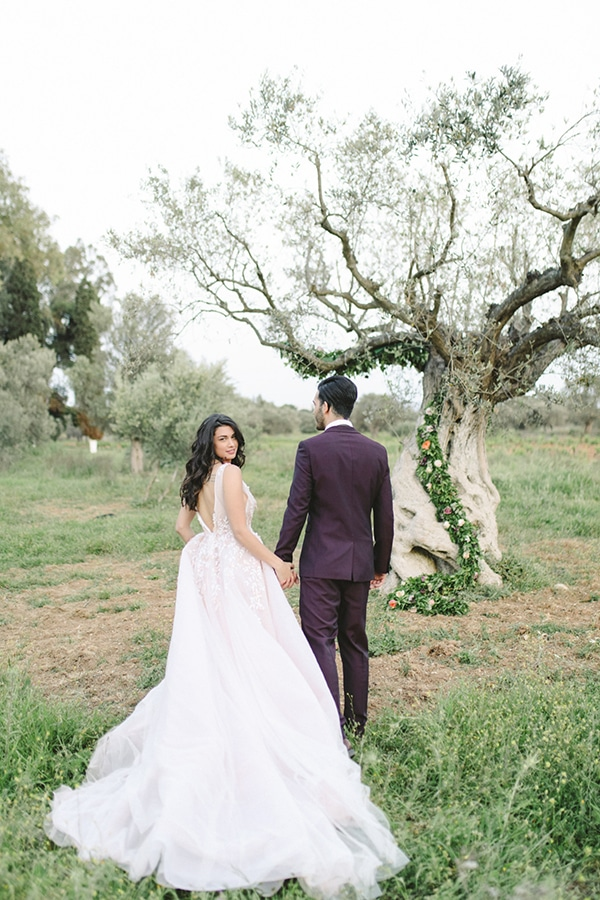 dreamy-styled-shoot-soft-pink-hues_23