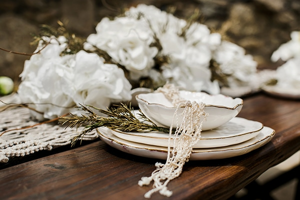 gorgeous-bohemian-elopement-style-shoot_09x