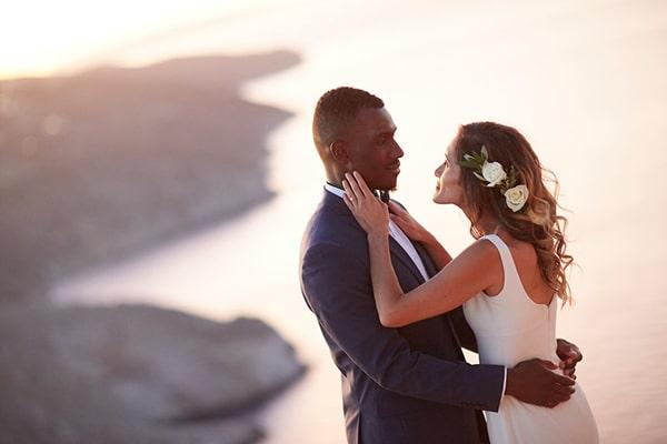 romantic-civil-wedding-folegandros_26