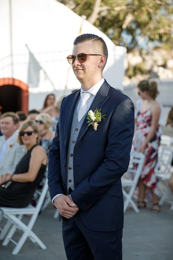 traditional-greek-wedding-green-beige-hues_19x