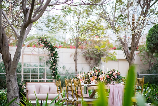 blush-garden-styled-shoot-magical-love-story_09
