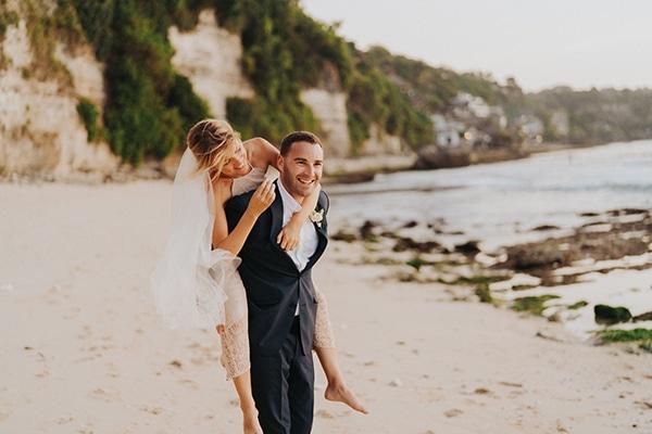 dreamy-wedding-overlooking-sea-bali_02x