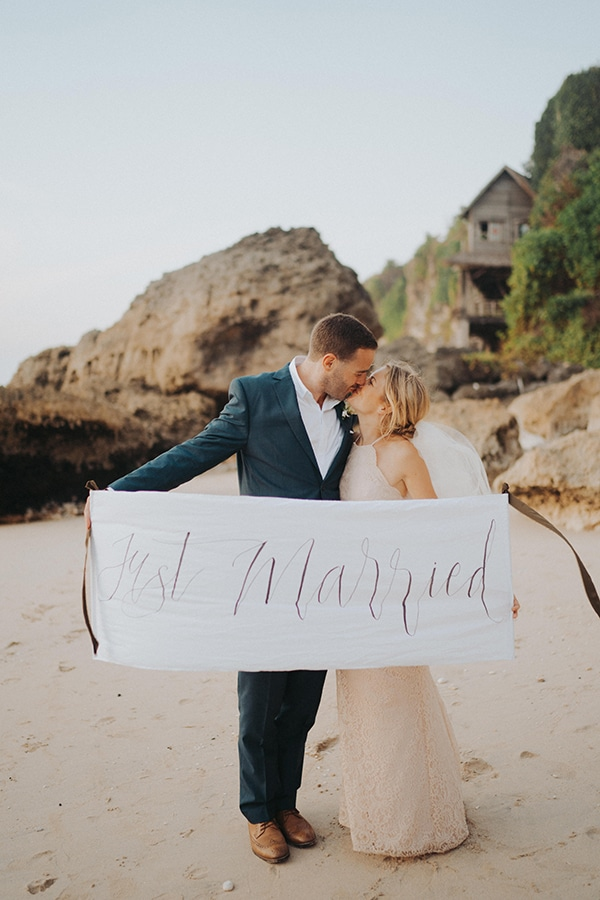 dreamy-wedding-overlooking-sea-bali_03