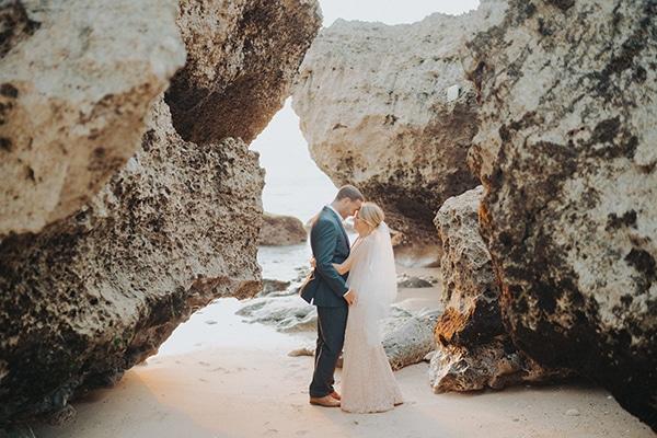 dreamy-wedding-overlooking-sea-bali_26