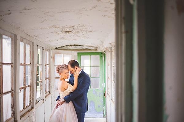 unique-wedding-60s-style-_01z