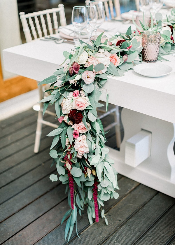 wedding-decoration-ideas-burgundy-pale-pink-hues_08