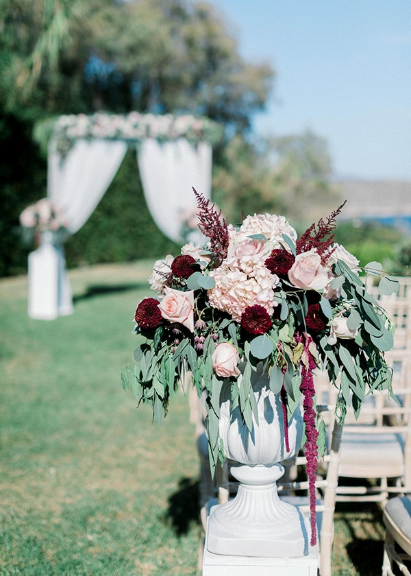 wedding-decoration-ideas-burgundy-pale-pink-hues_10