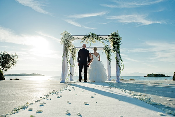 island-chic-wedding-black-white-hues_13
