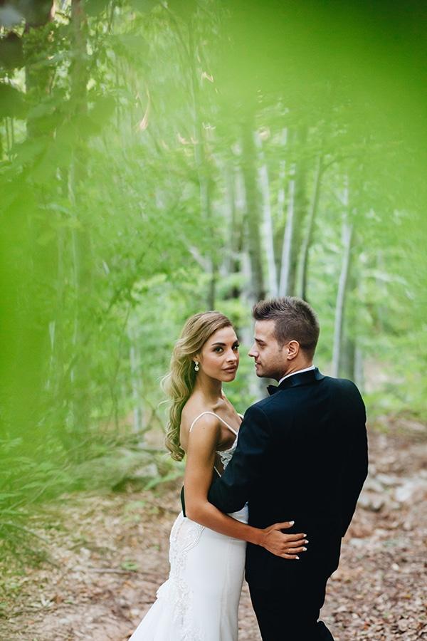 minimal-chic-mountain-wedding-portaria_28