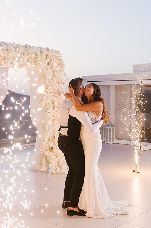 chic-elegant-wedding-santorini_15