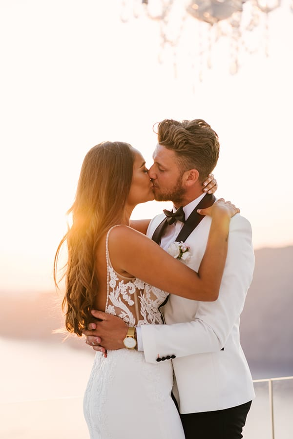 chic-elegant-wedding-santorini_17