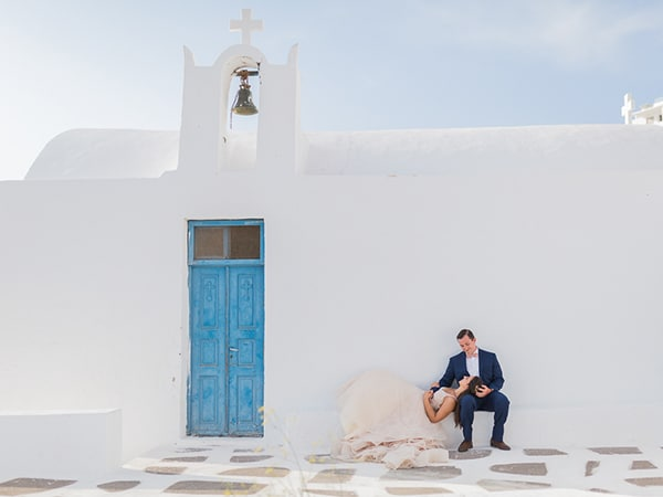 gorgeous-intimate-wedding-santorini_21