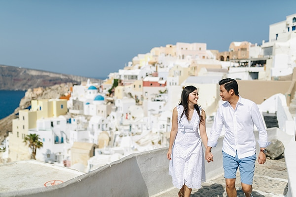 romantic-engagement-session-santorini_06