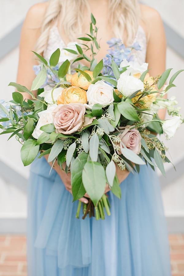 romantic-shoot-blue-pink-gold-hues_01x