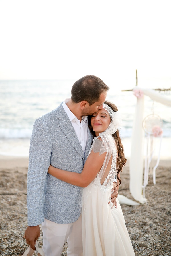 romantic-wedding-dreamcatchers-beach_02