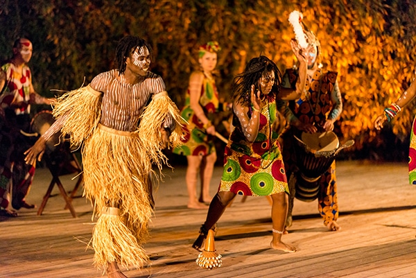 vivid-african-dance-drumming-show-unique-entertainment-ideas_02