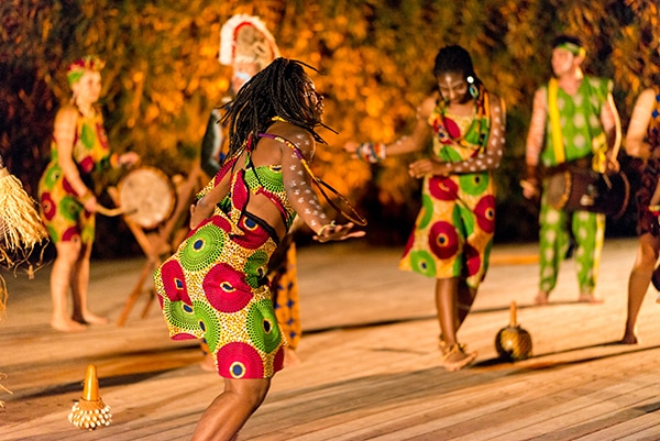 vivid-african-dance-drumming-show-unique-entertainment-ideas_04