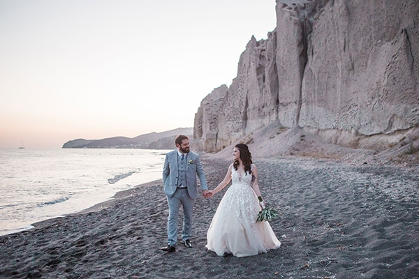 dreamy-wedding-santorini-peach-white-colors_32