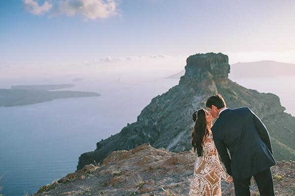 lovely-elopement-santorini_04