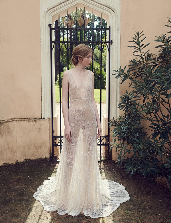 amazing-bridal-creations-fall-wedding-costarellos_02