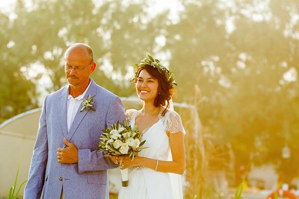 beautiful-beach-wedding-santorini_11
