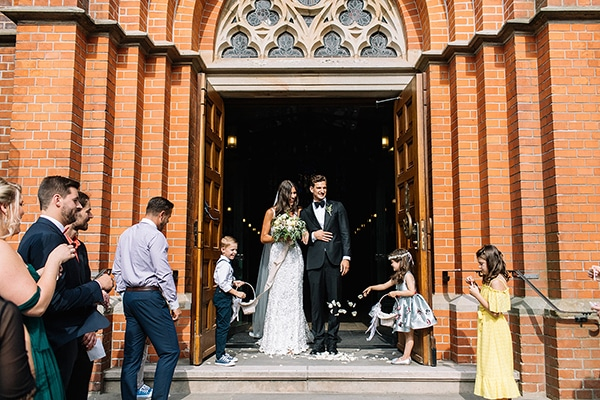 beautiful-wedding-germany-white-green-hues_20