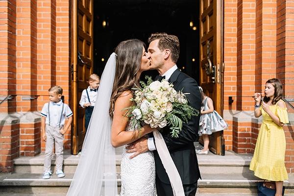 beautiful-wedding-germany-white-green-hues_21