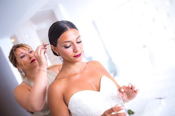 romantic-beach-wedding-crete_07x