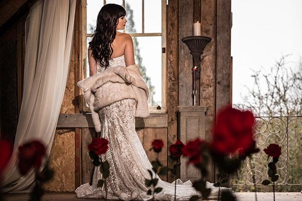 romantic-winter-barn-styled-shoot_03