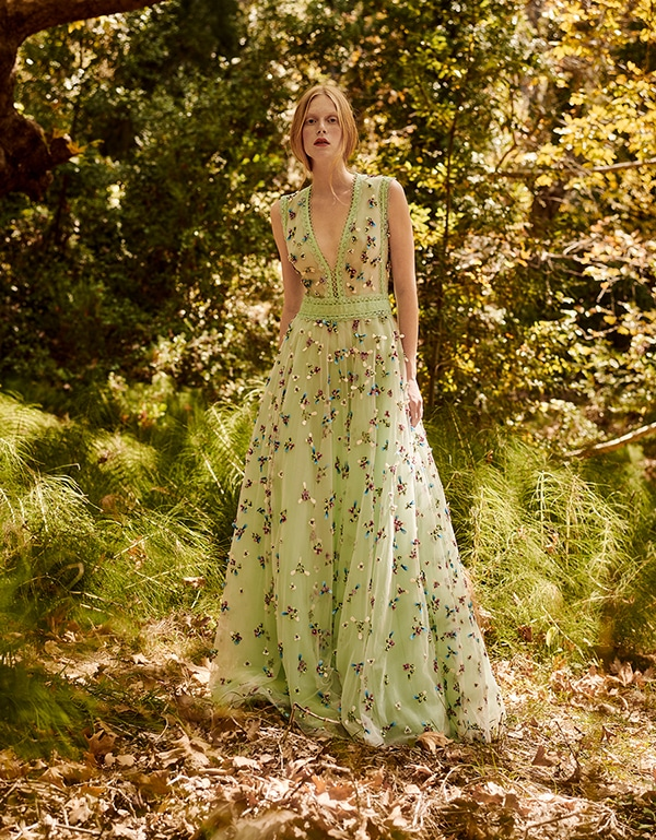 stunning-dresses-spring-summer-2019-christos-costarellos_04