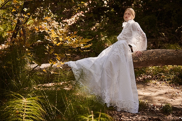 stunning-dresses-spring-summer-2019-christos-costarellos_26