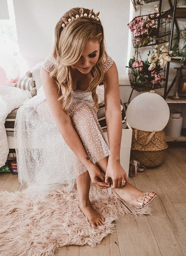 coachella-inspired-wedding-sparkly-touches_08
