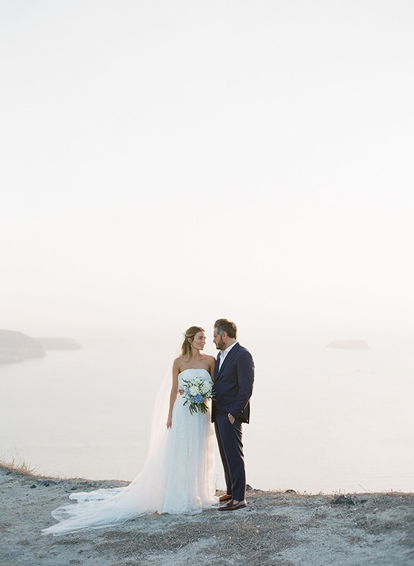 dreamy-blue-white-wedding-santorini_03