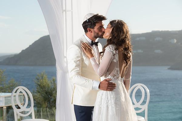 luxurious-wedding-white-gold-details-mykonos_01