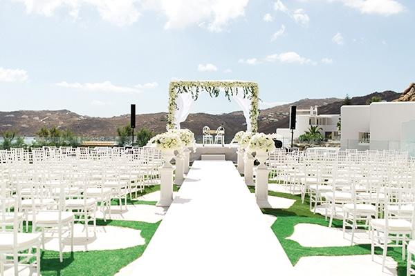 luxurious-wedding-white-gold-details-mykonos_02