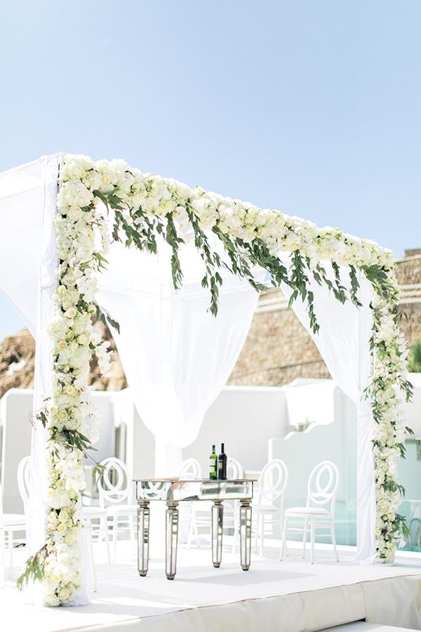 luxurious-wedding-white-gold-details-mykonos_04