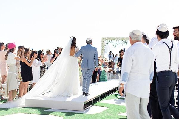 luxurious-wedding-white-gold-details-mykonos_06x