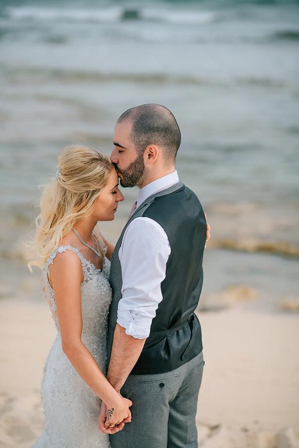 romantic-wedding-pink-grey-hues-cyprus_03