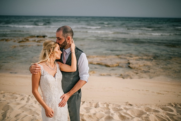 romantic-wedding-pink-grey-hues-cyprus_03x