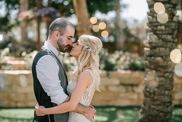romantic-wedding-pink-grey-hues-cyprus_14