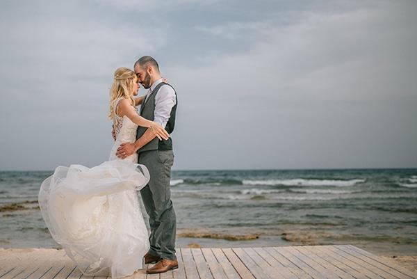 romantic-wedding-pink-grey-hues-cyprus_17