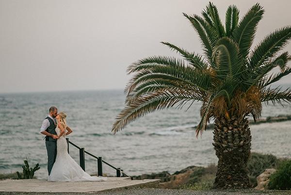 romantic-wedding-pink-grey-hues-cyprus_18