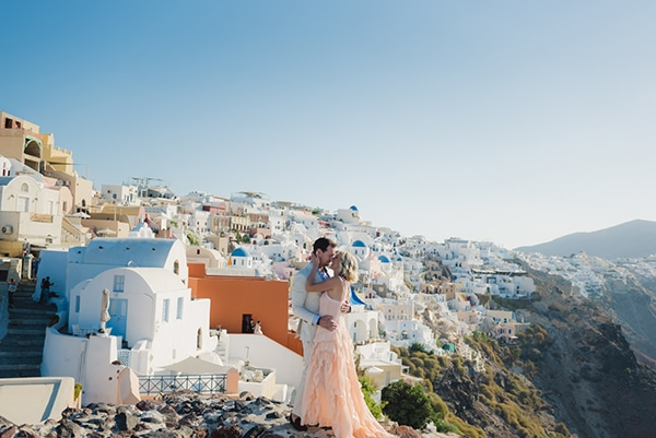 beautiful-romantic-shoot-santorini_05