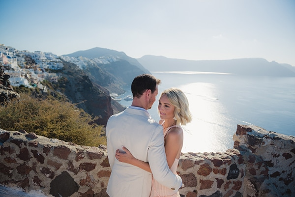 beautiful-romantic-shoot-santorini_06