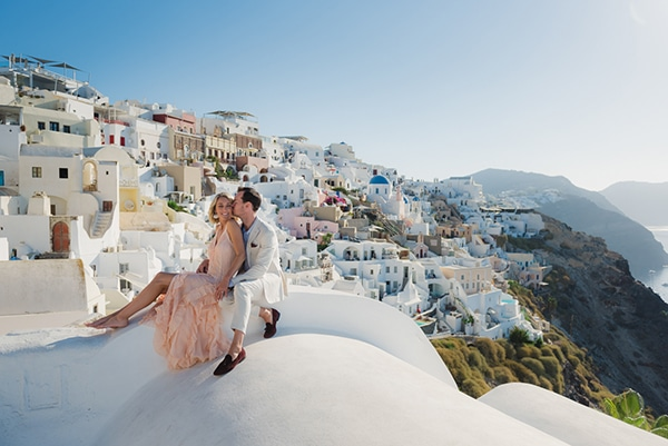 beautiful-romantic-shoot-santorini_50