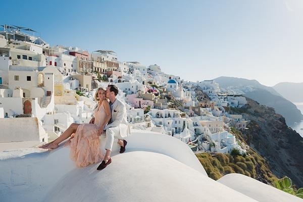 beautiful-romantic-shoot-santorini_50