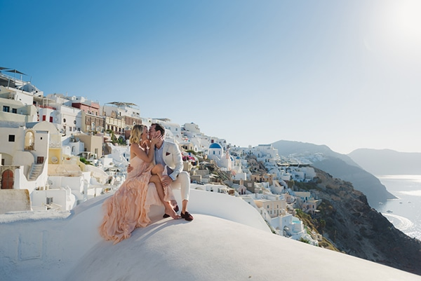 beautiful-romantic-shoot-santorini_52